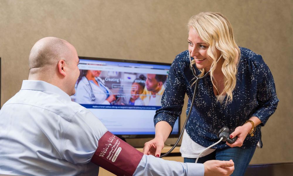 on-site health center header photo_medical consultation